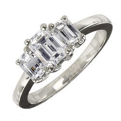 Platinum and Diamond Ring Listed on Portero.com
